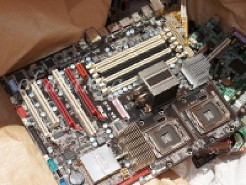 パソコン用マザーボード買取 スクラップ