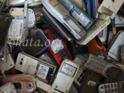 携帯電話本体買取 スクラップ